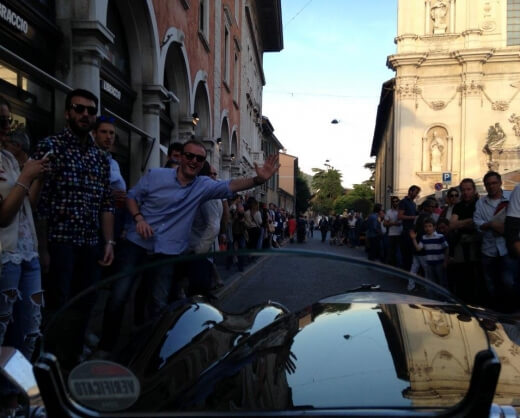 Crowds welcome the drivers