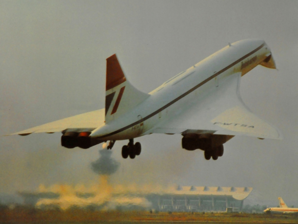Concorde takes off for the US